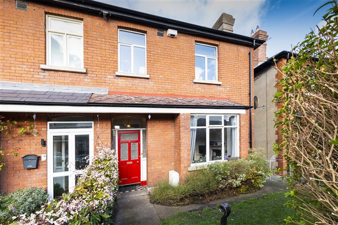 3 FAIRFIELD ROAD, Glasnevin, Dublin 9