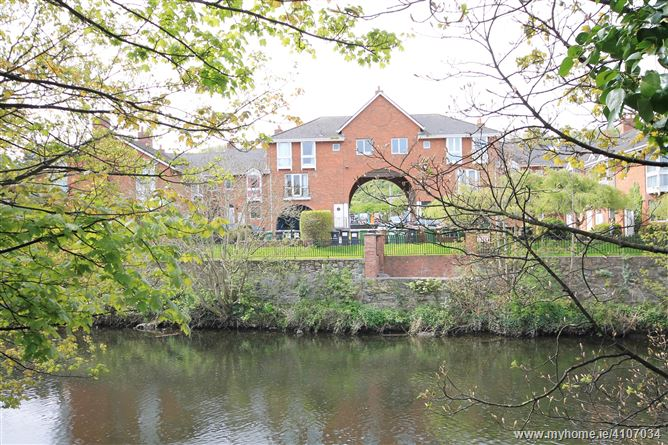 2 The Moorings, Chapelizod, Dublin 20