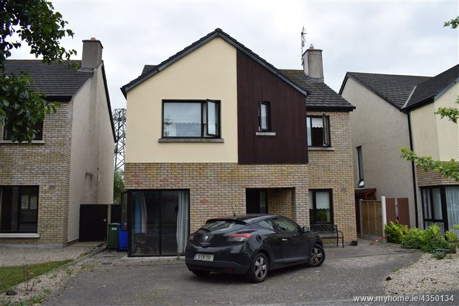10 The Crescent, Castle Oaks, Carlow Town, Carlow