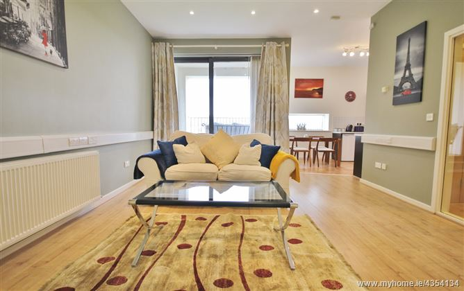One Bedroom Top Floor Apartment, No.18, Town Square, Blessington, Co. Wicklow, Blessington, Wicklow