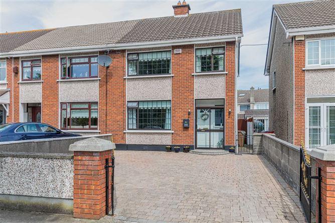 Main image for 3 Foxhill Drive, Ayrfield, Dublin 13