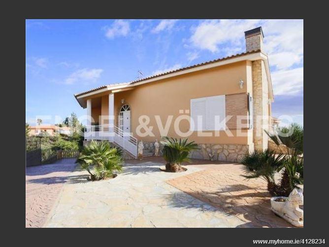 Calle, 46901, Torrent, Spain