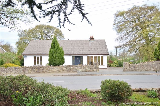 Detached Four Bedroom Bungalow, The Green, Dunlavin, Wicklow
