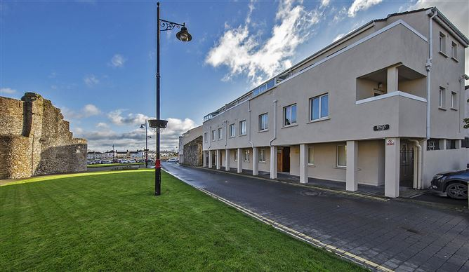 Main image for Ground Floor Apartment 4 Castle Street, Dungarvan, Waterford