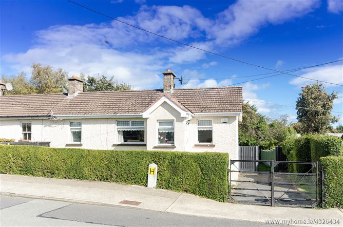 9 Library Road, Shankill, Co Dublin