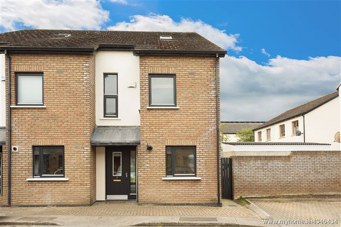 Main image for 8 Hunters Court, Ballycullen, Dublin 24