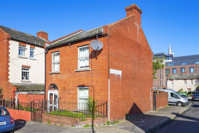 1 Cathedral View Court, Christchurch, Dublin 8