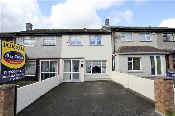 Main image for 18 Woodbank Avenue, Finglas, Dublin 11