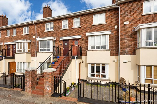 27 Priory Hall, Terenure, Dublin 12