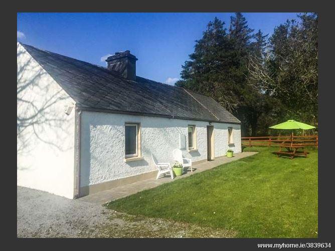 Red Door Cottage, BOOLTEENS, COUNTY KERRY, Rep. of Ireland