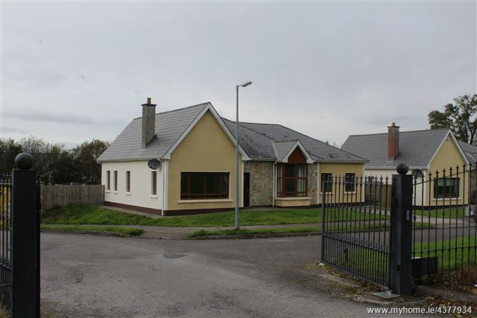 3 Shannon Quays, Rooskey, Leitrim