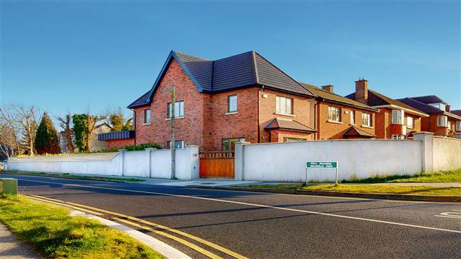 Main image for Laurel Lodge, Granville Park, Newtownpark Avenue, Blackrock, Dublin