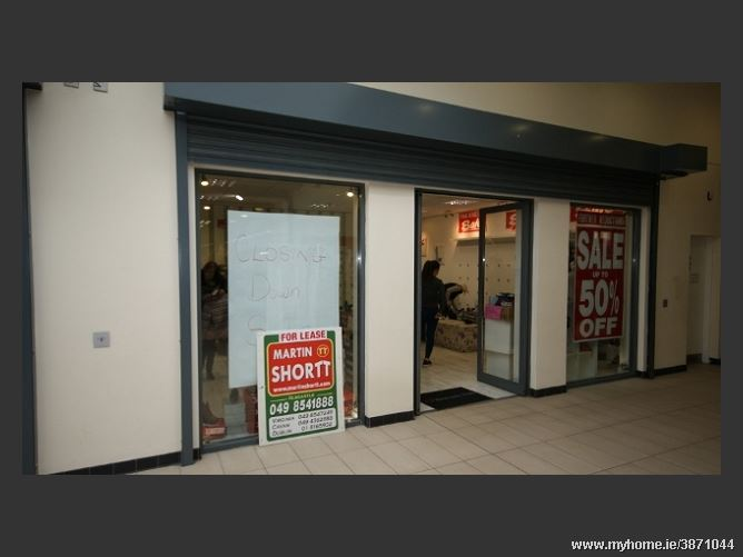 Photo of Super Value Shopping Centre, Virginia, Co Cavan