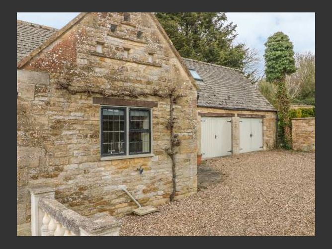 Main image for The Court Yard Cottage, BOURTON-ON-THE-WATER, United Kingdom