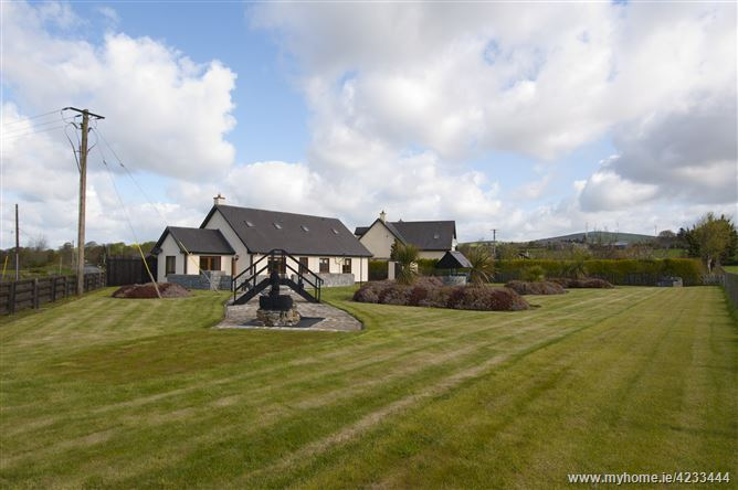 5 Waterside Close, Clohamon, Bunclody, Wexford