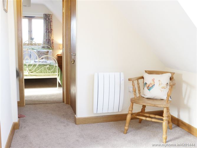 Main image for Acorn Cottage,Little Hereford, Herefordshire, United Kingdom