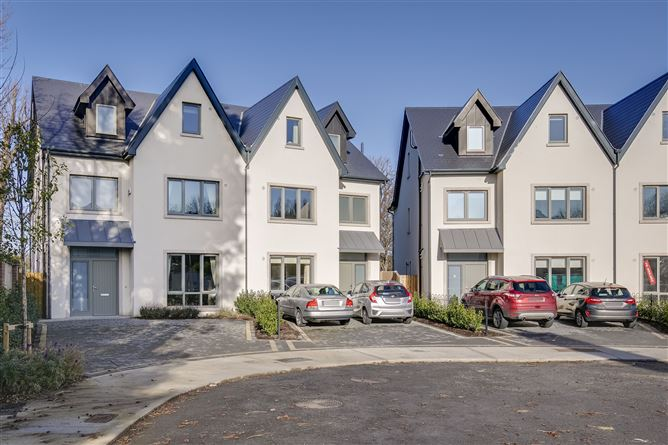 Main image for 7 Charleville Manor, Firhouse Road, Knocklyon, Dublin 16
