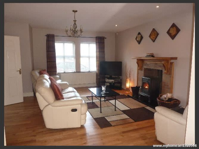 Spacious Home in Heritage Town, Newcastle West, Co. Limerick