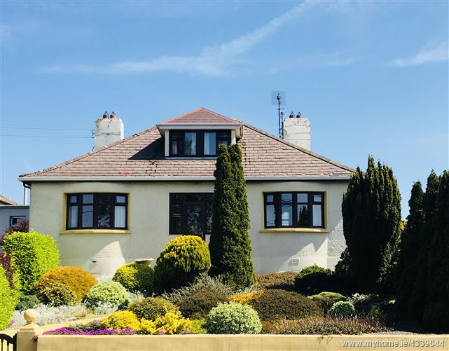 Main image for 6 Highfield Park, Ennis, Clare