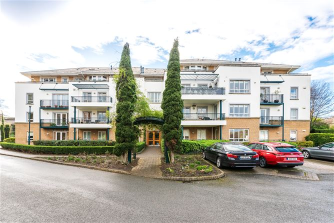 Main image for 35 Merrion Woods, Booterstown, County Dublin