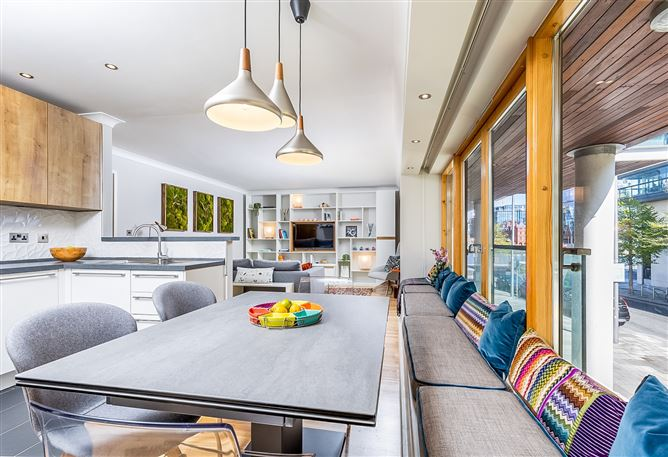 Main image for 25 Forbes Quay, Grand Canal Dk, Dublin 2