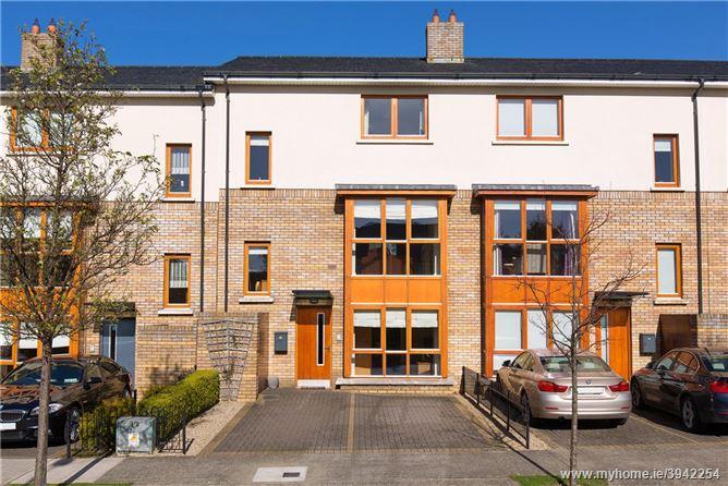 9 Kelston Park, Leopardstown Road, Foxrock, Dublin 18, D18 XE78