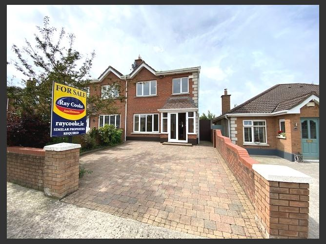 Main image for 11 Broadfield View, Broadfield Manor, Rathcoole, County Dublin