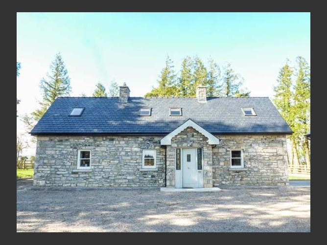 Main image for Atheiri Cottage, BALLINAMORE, COUNTY LEITRIM, Rep. of Ireland