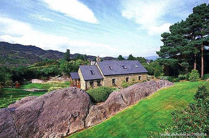 Cottage (107), Glengarriff,   Cork West