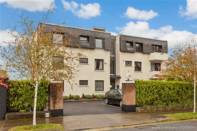 Main image for 7 Seapoint Court, Blackrock,   County Dublin