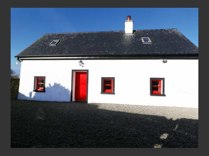 Main image for Bellview Cottage, TERRYGLASS, COUNTY TIPPERARY, Rep. of Ireland