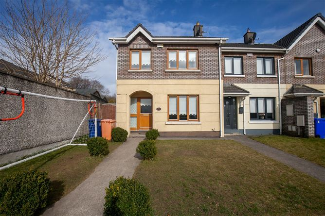 Main image for 1 Woodleigh Close, Blessington, Wicklow