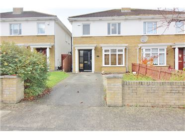 Photo of 15 Woodstown Vale, Knocklyon, Dublin 16