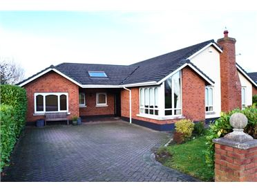 Main image of 5 Rosemount Court, Athgarvan, Newbridge, Kildare