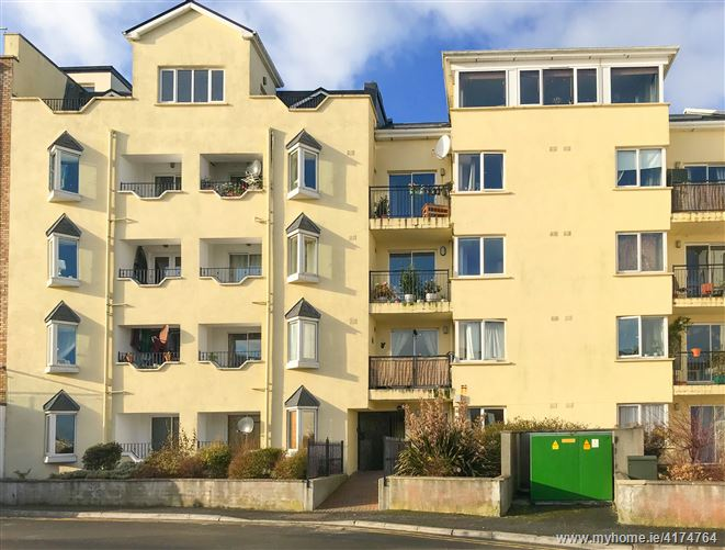 2 Seagrove Court, Salthill, Galway