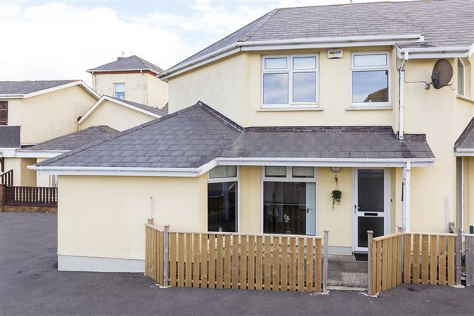 Main image for No. 19 Bayview Heights, Rosslare Strand, Wexford, Y35 K38E