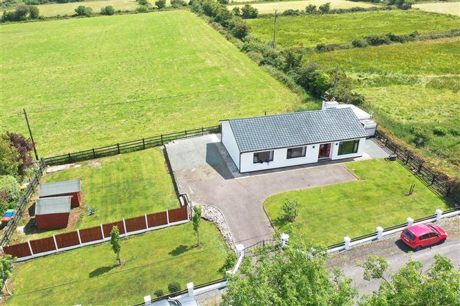 Main image for Ballinvuskig East, Mallow, Cork