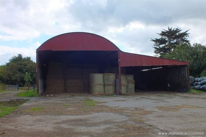 11577 Hectares C 2860 Acres Together With Sheds And Yard At