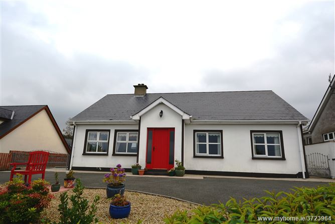 Kates Cottage, Drummullagh, Omeath, Louth