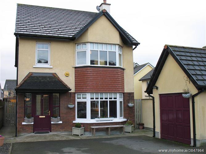 Photo of 4 Farnamurray Close, Ballygraigue Road, Nenagh, Tipperary