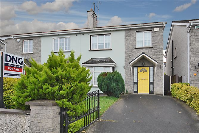 Main image for 17 Rochford Hall, Kells, Meath