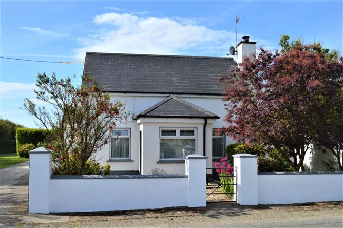 Main image for Rose Cottage, Baldwinstown, Bridgetown, Wexford