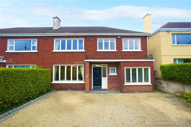 Photo of Upper Carysfort Avenue, Blackrock, County Dublin