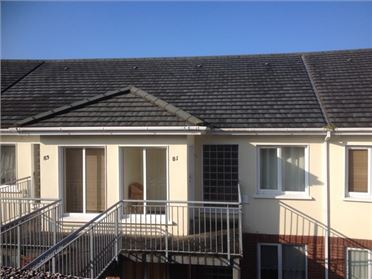 81 Bellevue Heights , New Ross, Wexford