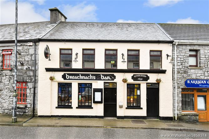 Breathnachs Bar & Restaurant, Camp Street, Oughterard, Galway