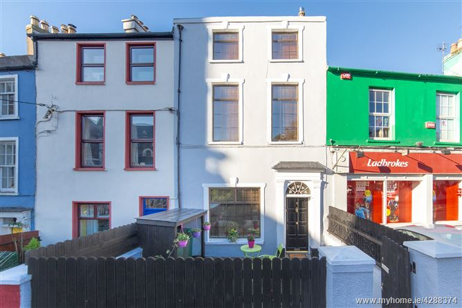8 St.Lukes Place, Summerhill North, St Lukes, Cork