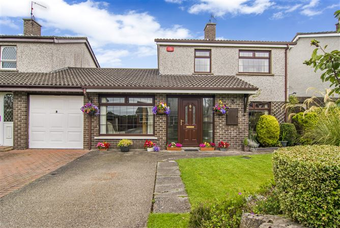 38 Willow Grove,Carrick Road