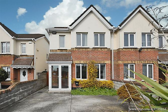 6 Warrenstown Grove, Blanchardstown, Dublin 15, D15 H0A4.