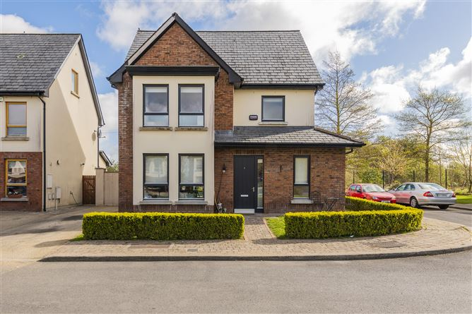 Main image for 7 Chapelwood Green, Hollystown, Dublin 15