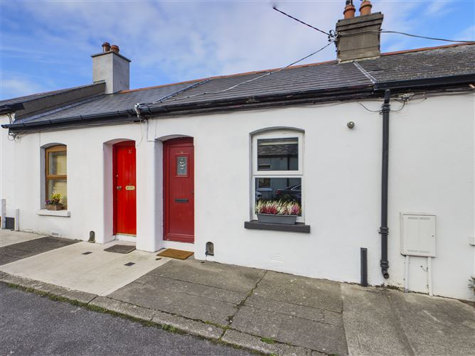Main image for 33 Coldwell Street, Glasthule, County Dublin